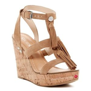 🍷🆕 Guess ✲ Cork Wedge ✲ in Light Tobacco
